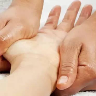 Массаж рук — нетрадиционный метод избавления от усталости и недугов
