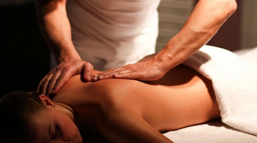 Появление синяков после массажа спины